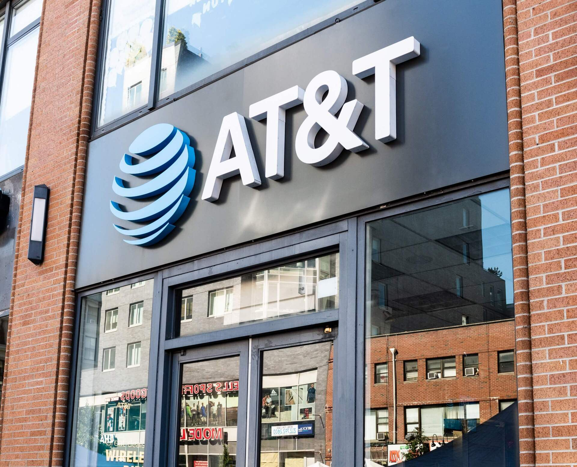 AT&T Will Begin Accepting Cryptos As Payment Method